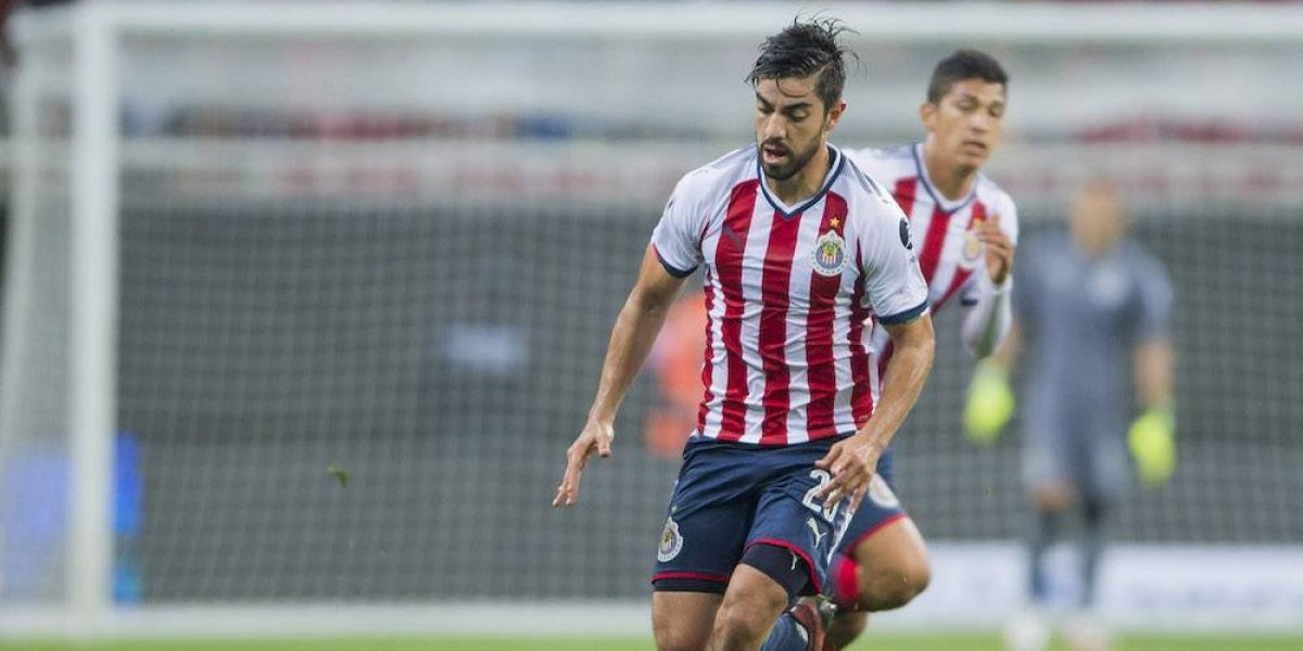 Rodolfo Pizarro se perderá el Clásico nacional