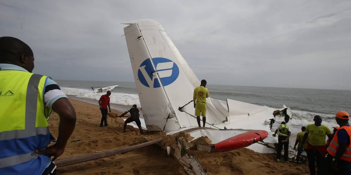Difunden imágenes del accidente de avión en Costa de Marfil