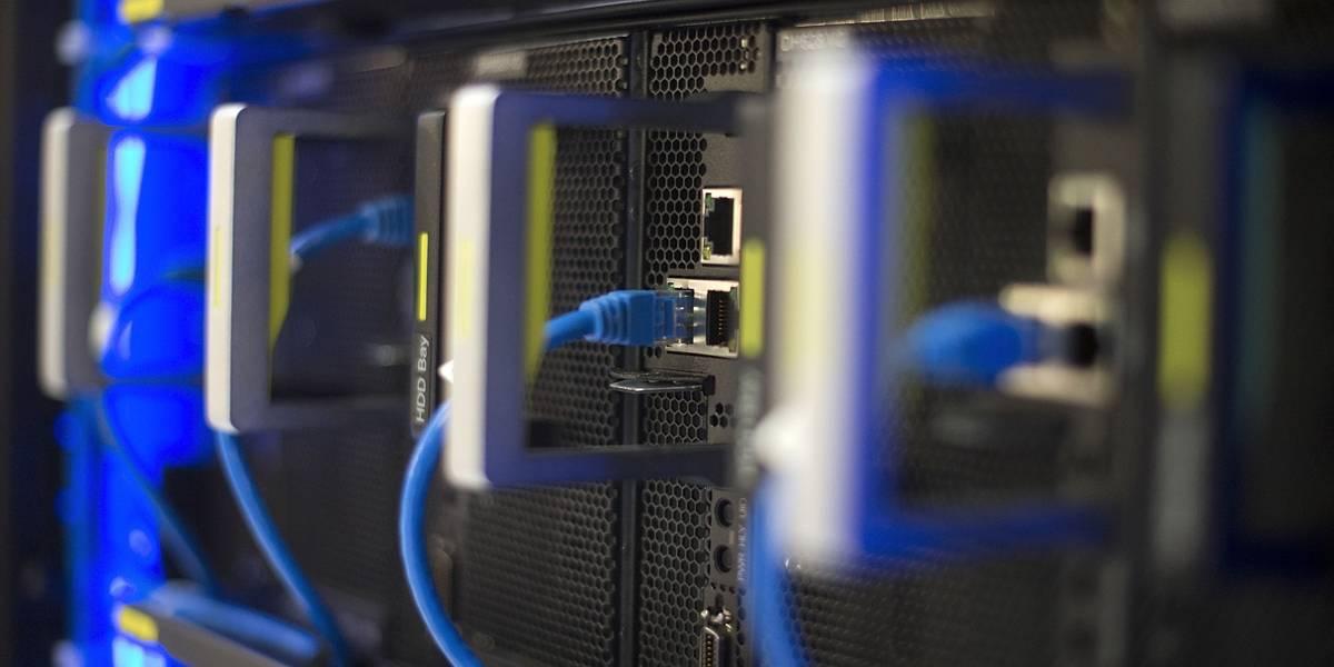 Reguladores dos EUA apresentam plano para derrubar regras de internet aberta