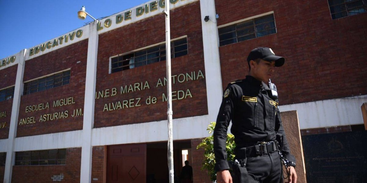 Extorsionistas piden Q20 mil a una escuela en Lo de Diéguez, Fraijanes