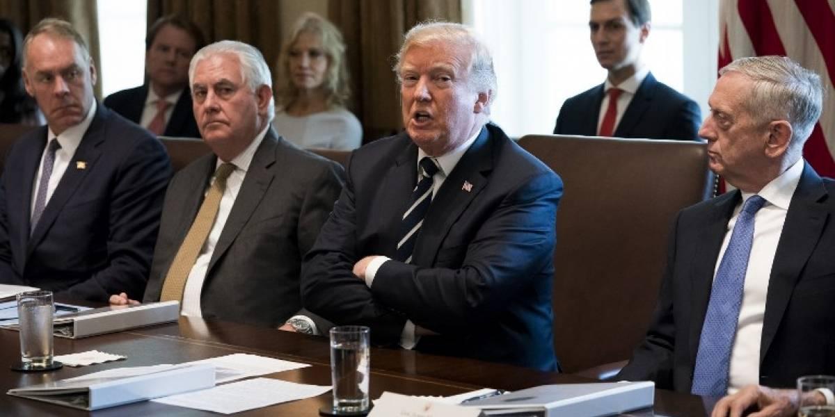 """Trump dice que el fin del acuerdo nuclear con Irán es una """"posibilidad real"""""""