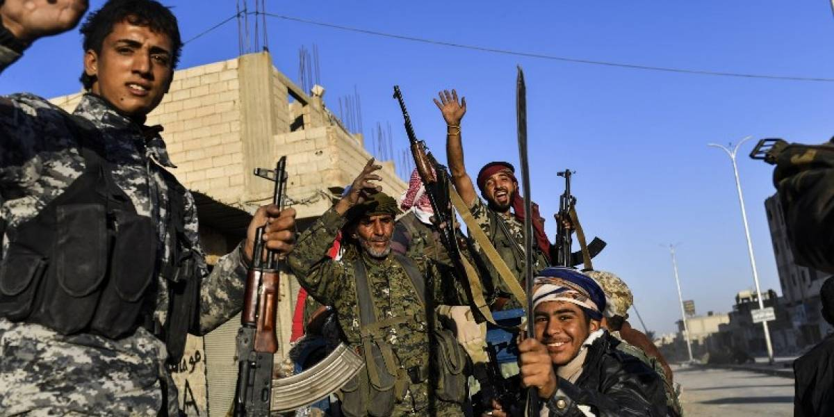 Mueren 3.250 personas en batallas para expulsar a EI de Raqqa, Siria