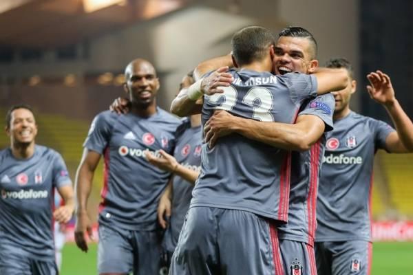 Sin Gary Medel, Besiktas rescató un empate por la Superliga de Turquía