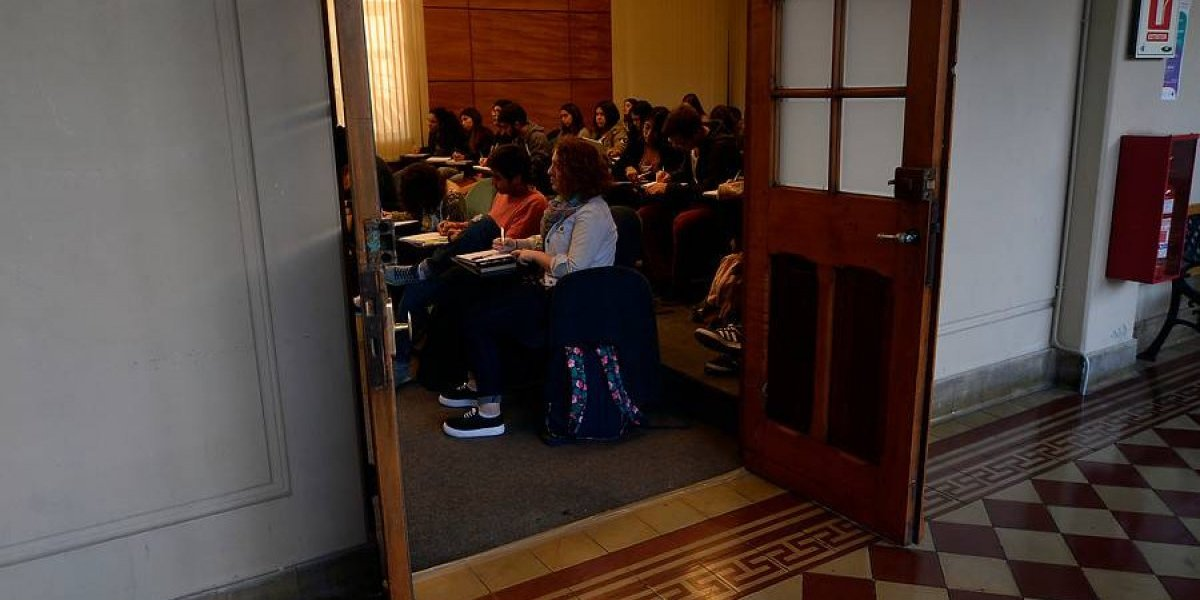 "Universitarios chilenos serán beneficiados por programa de emprendimiento ""Santander X"""