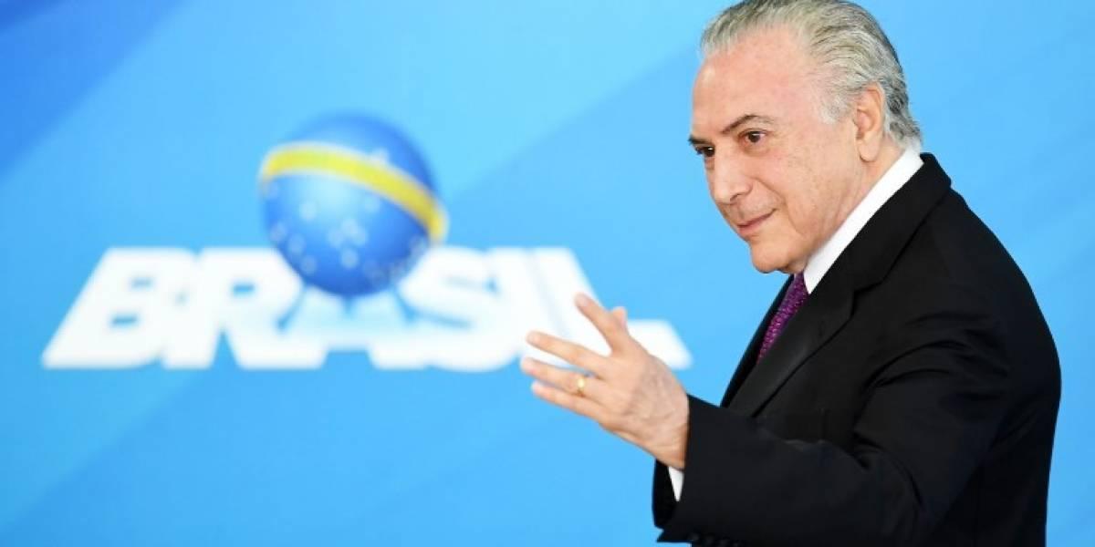 Cámara de Diputados filtra por error el número de teléfono del presidente brasileño