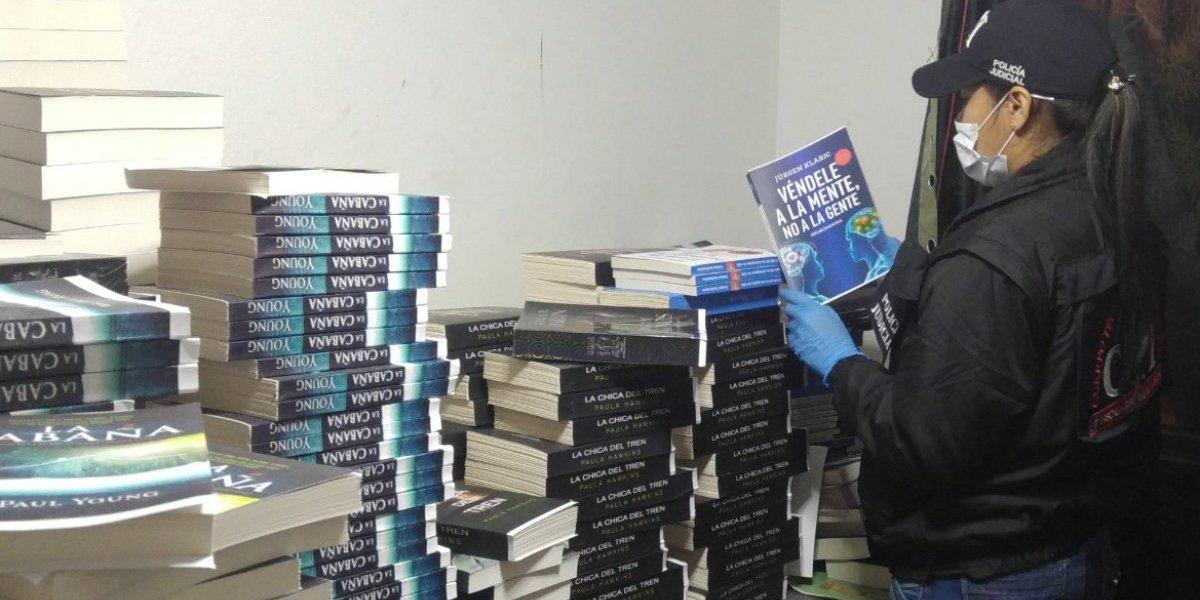 Gigantesco operativo contra la piratería de libros en Bogotá