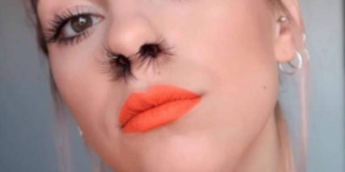 Nueva tendencia de belleza: Extensiones de pelo en la nariz