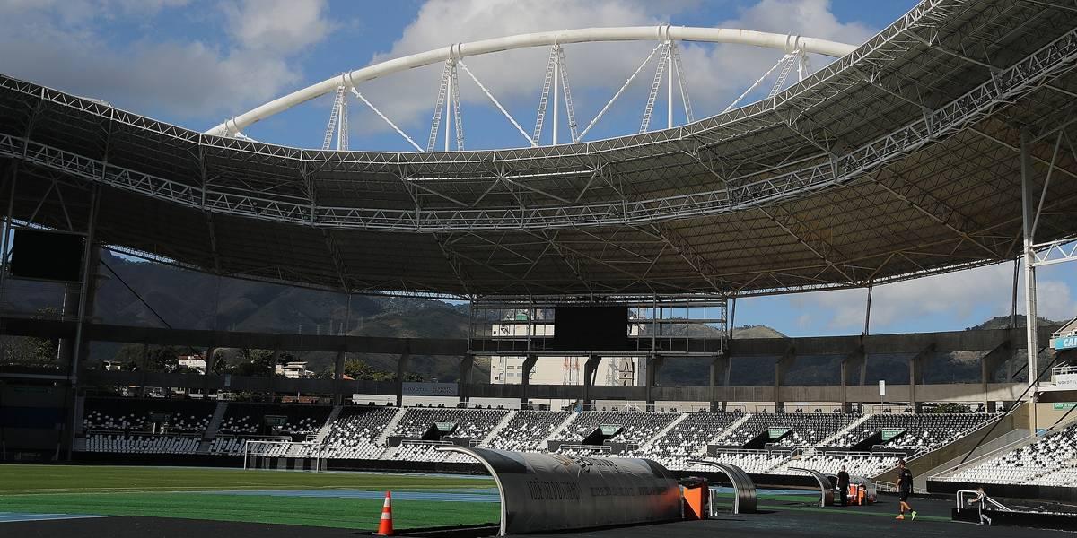 Torcedores invadem Engenhão e Botafogo cancela treinamento neste sábado