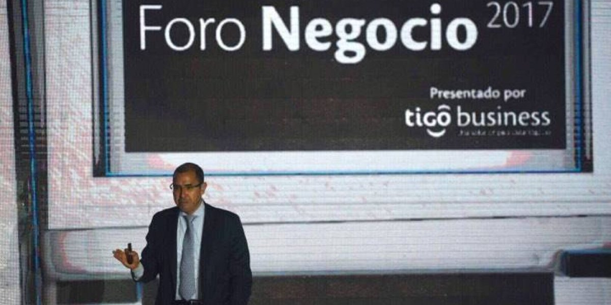 """César Ayala: """"Los negocios deben participar en la economía digital si desean sobrevivir"""""""