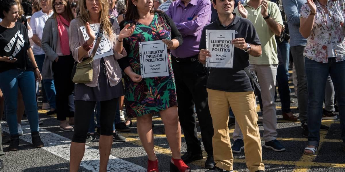 Cataluña: protestas en Barcelona ante encarcelamiento de líderes del movimiento por la independencia