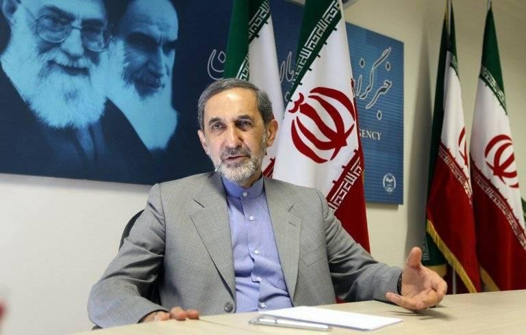 Ali Akbar Velayati, consejero de Relaciones Exteriores de Irán