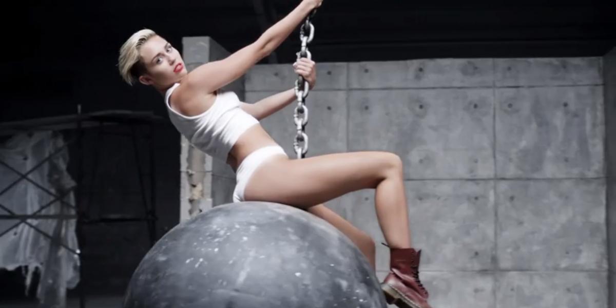 """Miley Cyrus confiesa que iba totalmente drogada cuando grabó """"Wrecking Ball"""""""