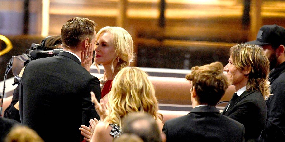 Nicole Kidman explica el polémico beso que le dio a otro hombre frente a su esposo