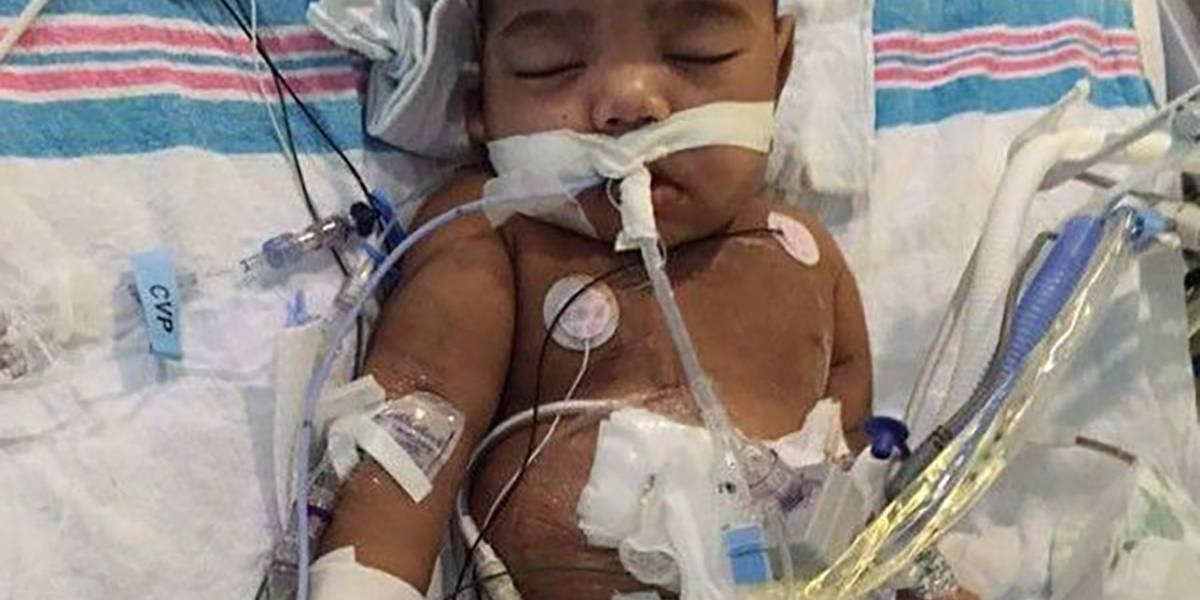 """""""Él no se merece esto"""": impiden trasplante a niño de 2 años por problemas judiciales de su padre"""
