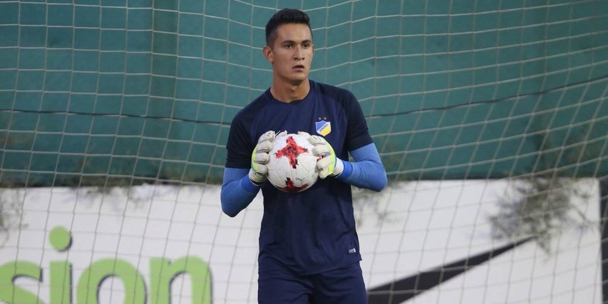 Raúl Gudiño debuta con empate en la Champions League