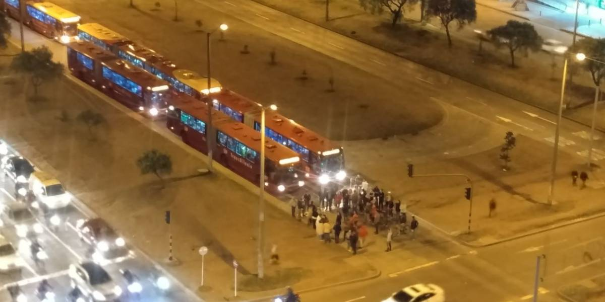 ¡Atención! Se reportan bloqueos en Transmilenio en la avenida Las Américas