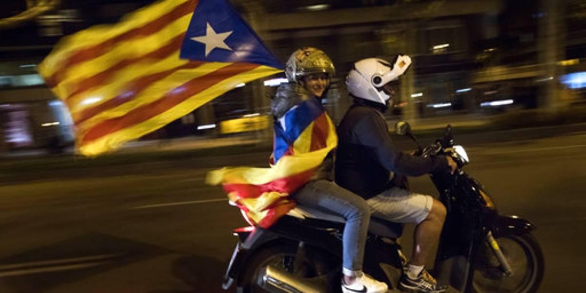 España: diputados protestan por independentistas detenidos