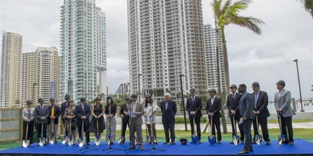 Aston Martin construye en Miami edificio con apartamentos de 50 millones de dólares