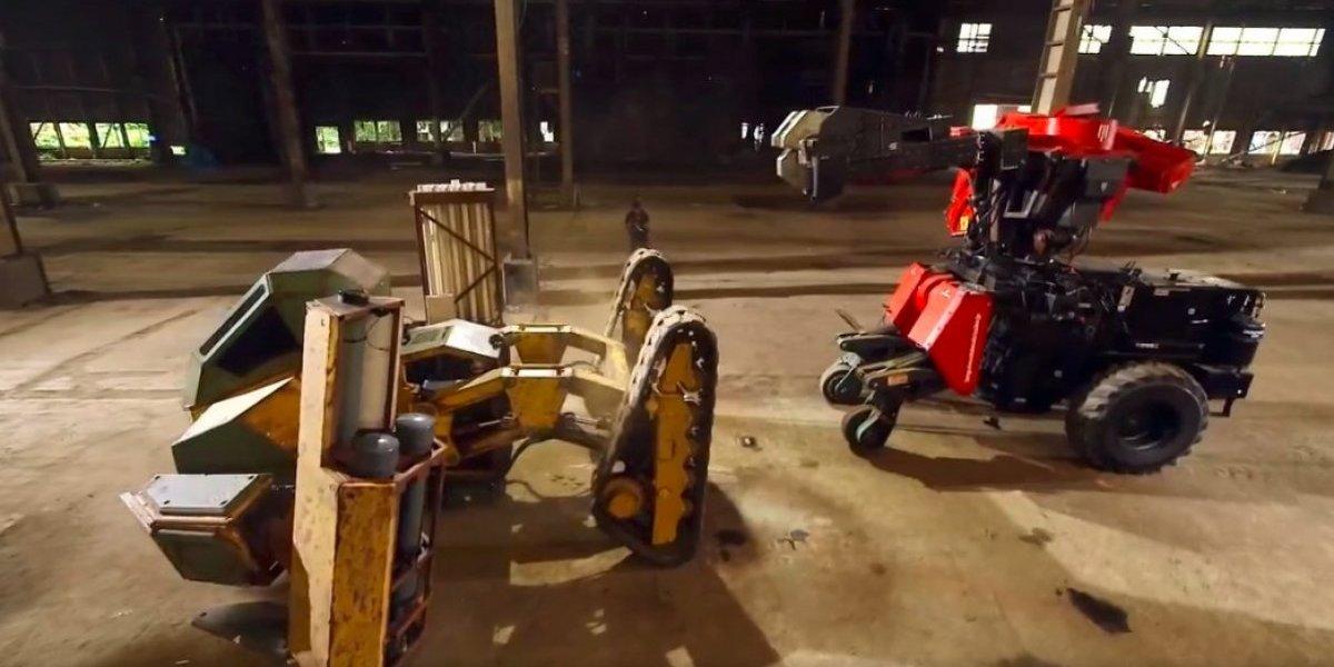 Opiniones divididas tras el primer duelo de robots gigantes de la historia