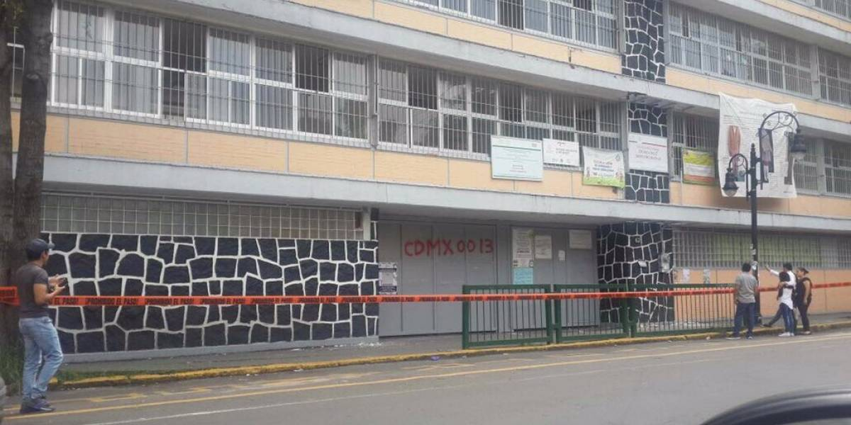 Inician demolición de escuelas en CDMX afectadas por sismo