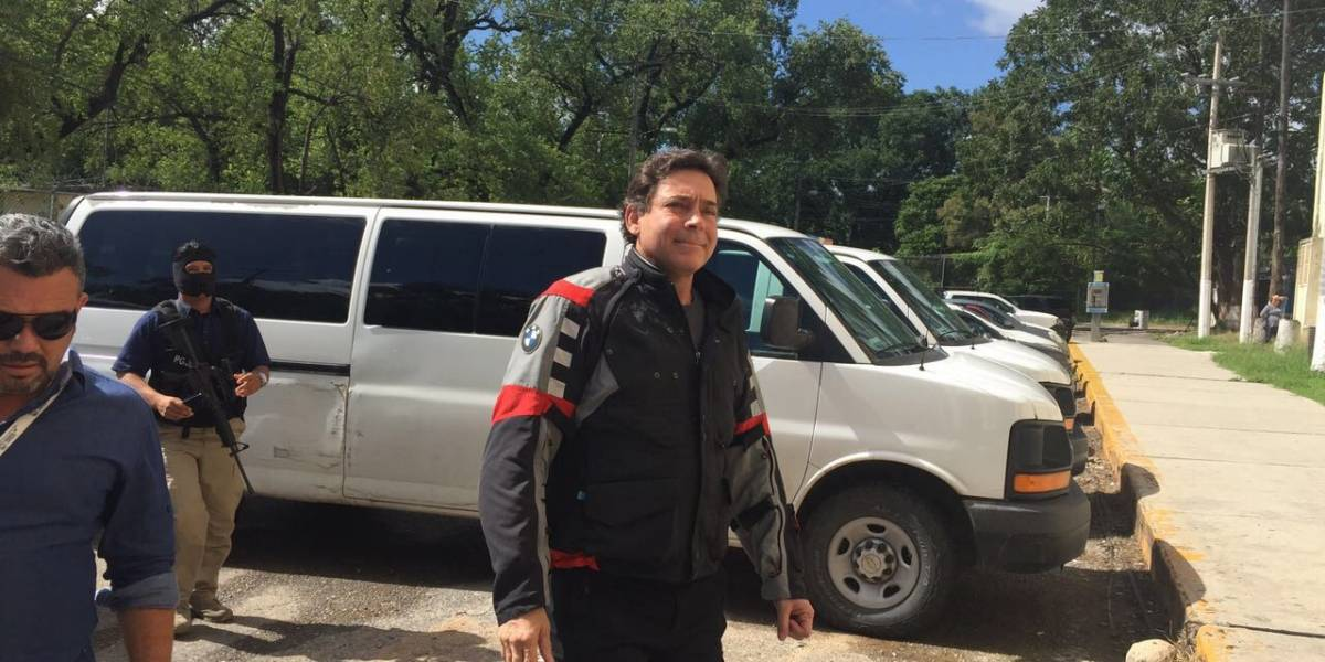 PGR cumplimenta orden de extradición contra el ex gobernador Eugenio Hernández