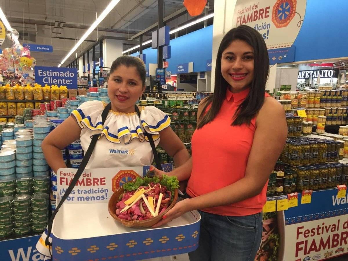 Fiambre rojo y blanco en Walmart