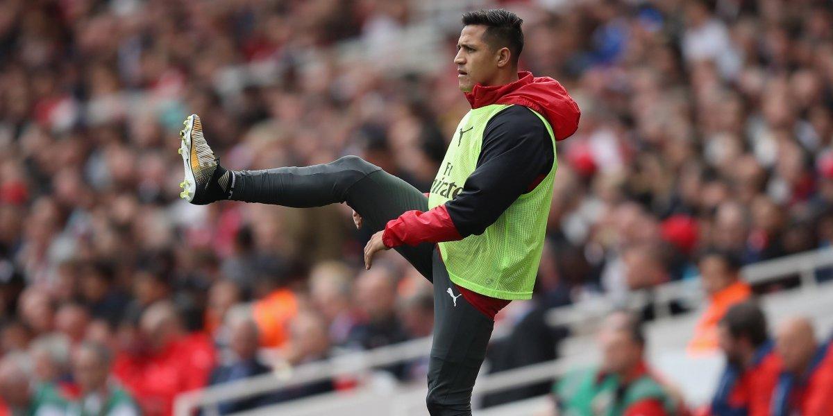 ¿Broma o enojo? En Inglaterra explotaron porque Alexis no le quiso dar la mano a Wenger
