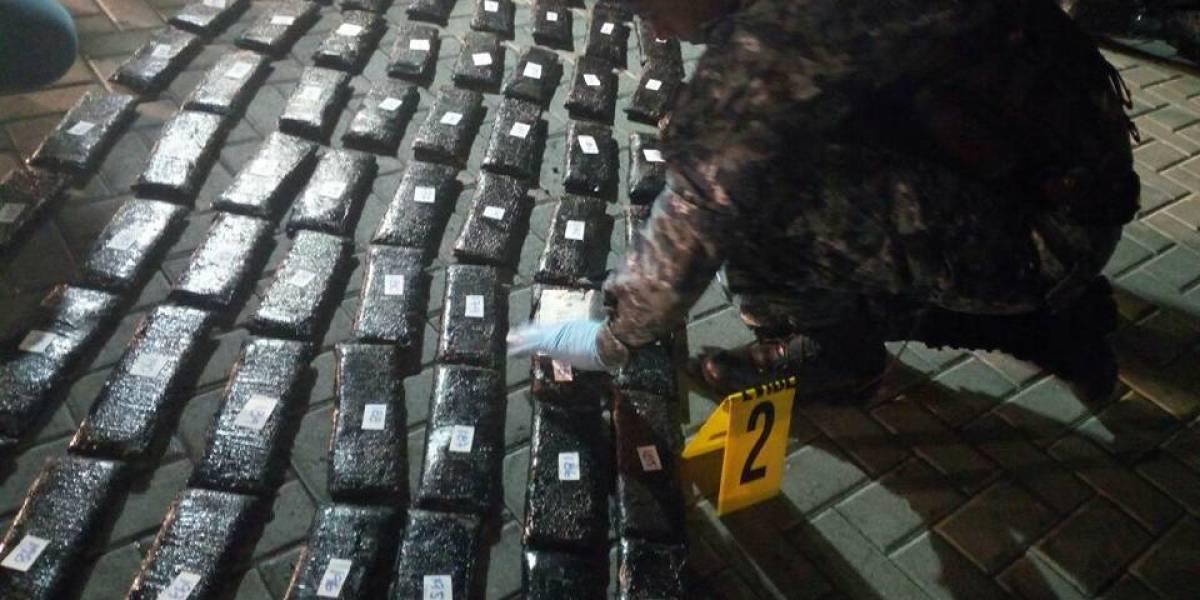 Incautan 225 paquetes de cocaína escondidos en contenedor proveniente de Panamá