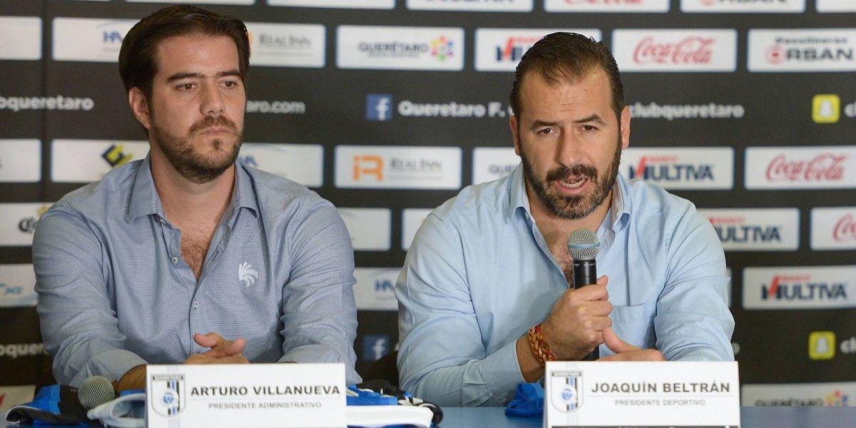Joaquín Beltran llama 'robo' a la derrota de Gallos ante Cruz Azul
