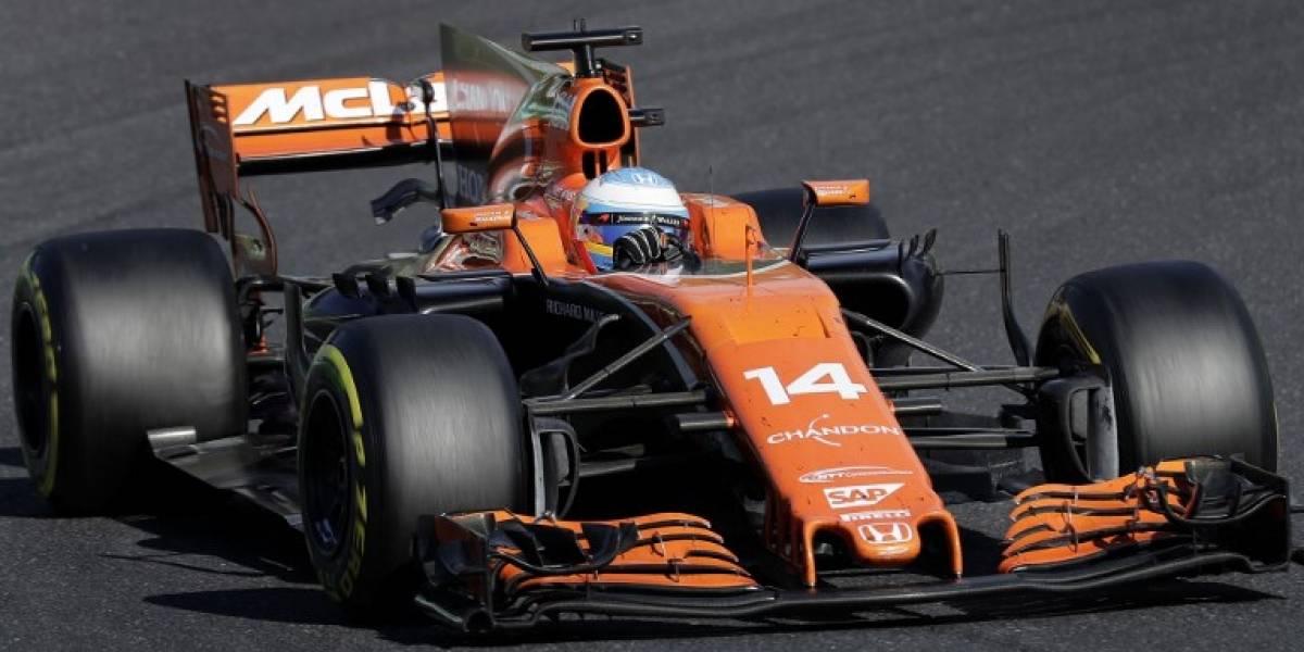 Fernando Alonso seguirá en McLaren pese a dos desastrosas campañas