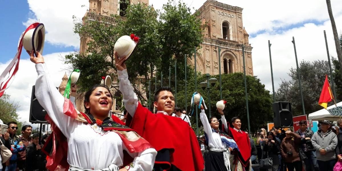 Cuenca enciende sus fiestas de Independencia