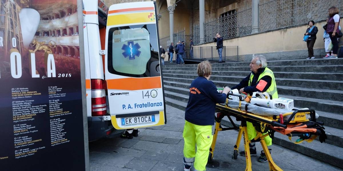Muere un turista en Florencia golpeado por la piedra de una iglesia
