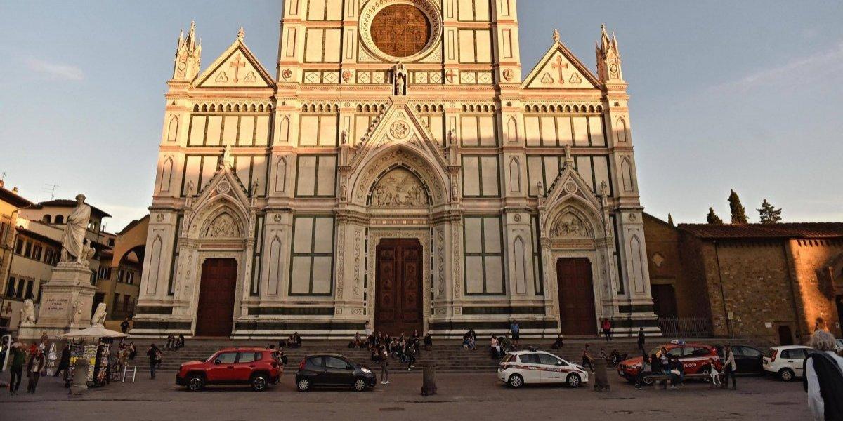 Muere turista por el desplome de una piedra en una basílica en Italia