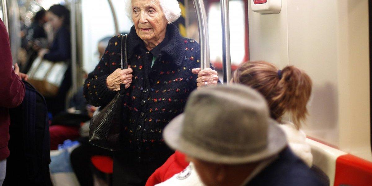 ¿Cuarta edad ? Parlamento aprueba moción para nueva categorización de adultos mayores