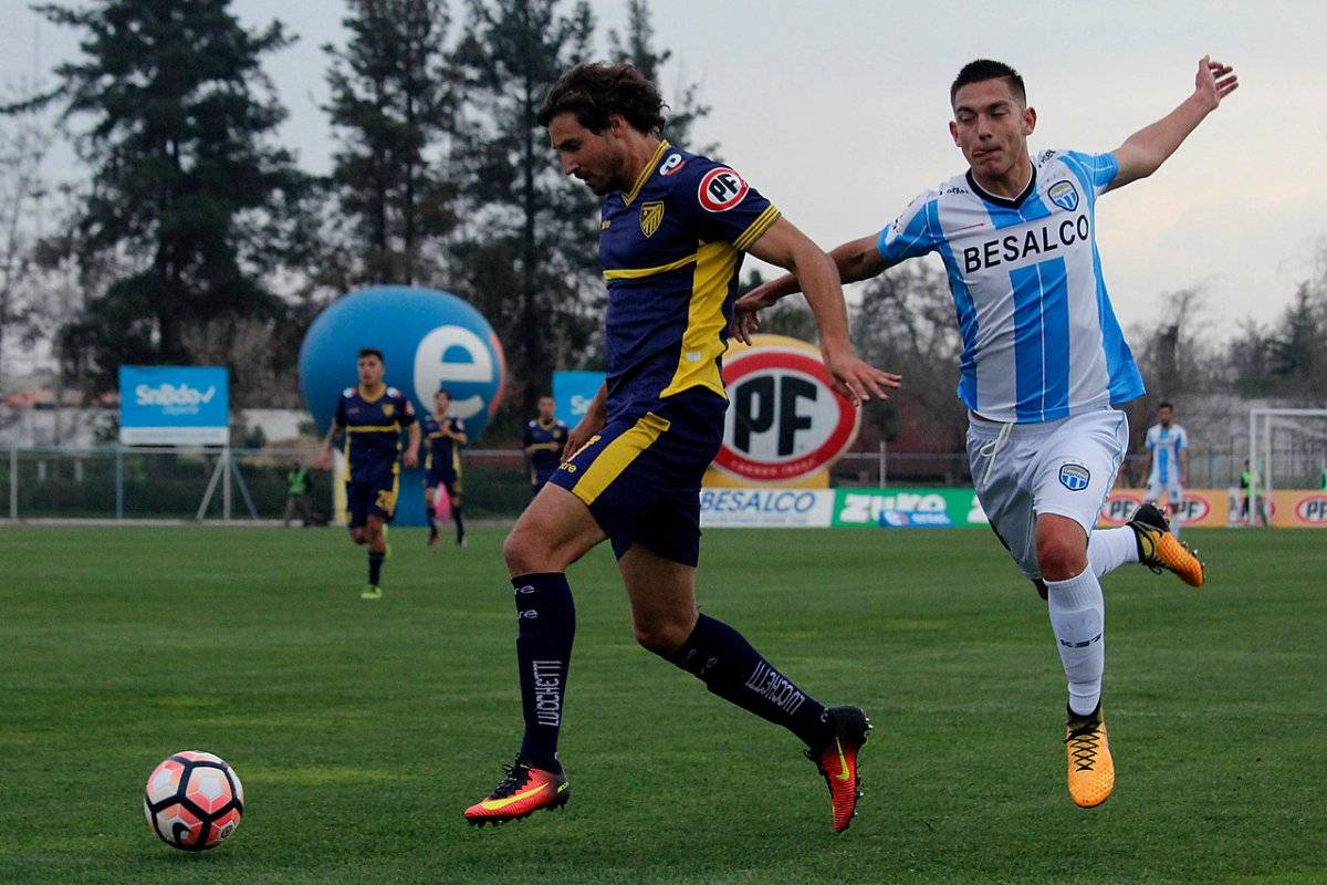 Barnechea disfrutó el fin de semana con los goles del Francés / imagen: Agencia UNO