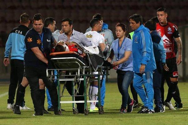 La lesión de Magalhaes consternó a los presentes en la noche de miércoles en el Nacional / Foto: Agencia UNO