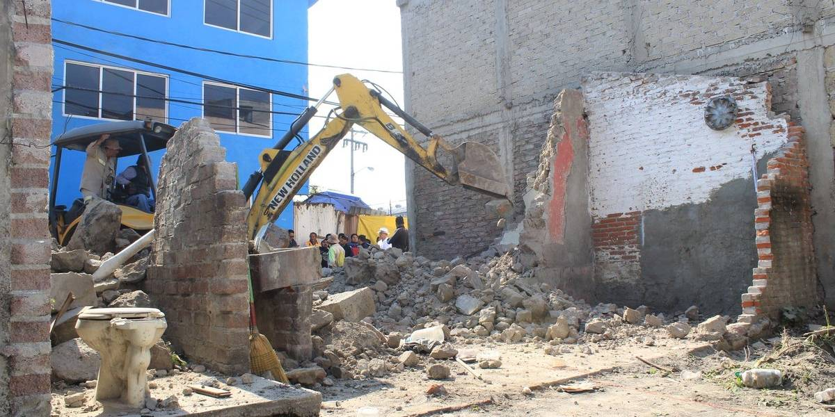 Iztapalapa inicia etapa de reconstrucción a un mes del sismo