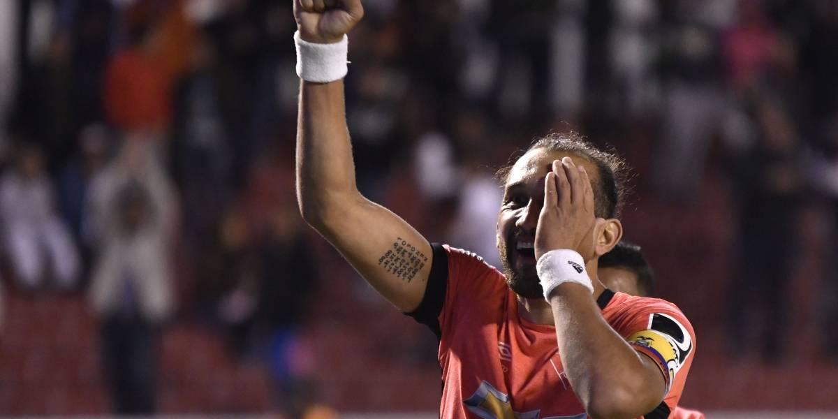 Hernán Barcos habla del penal al estilo Cruyff