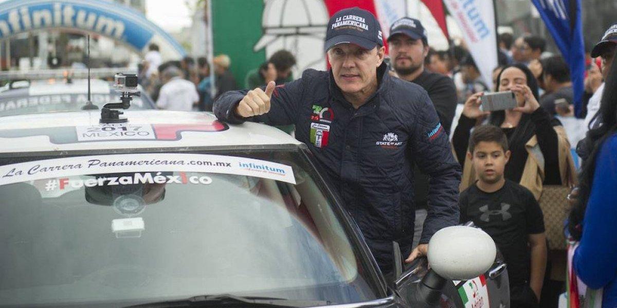 Adrián Fernández lleva mensaje de #FuerzaMéx1co alrededor del país