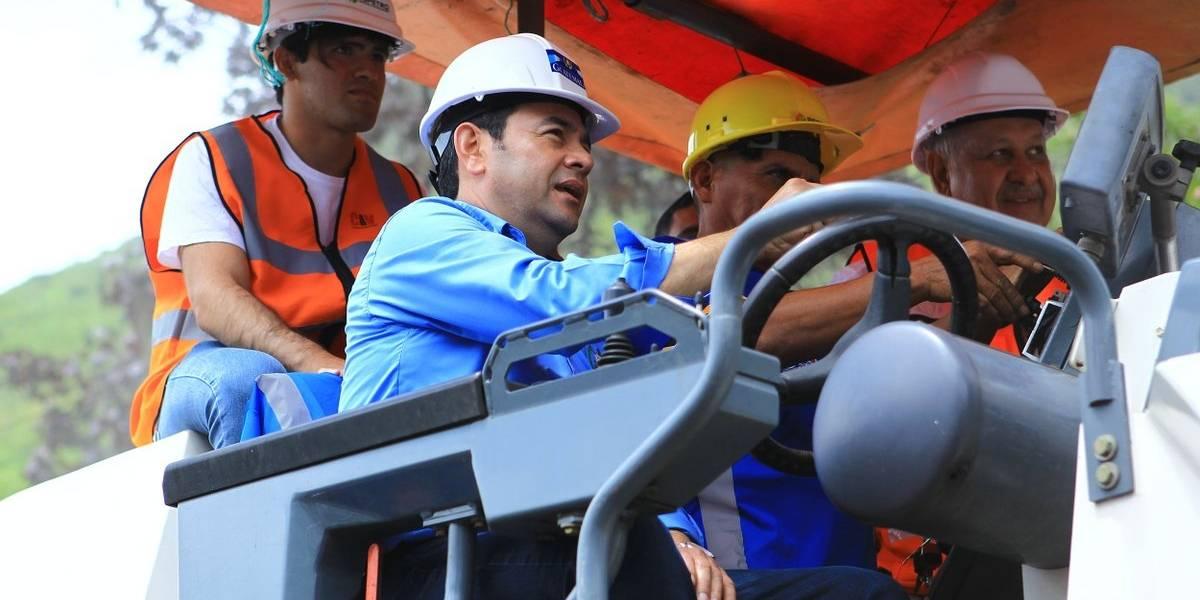 Inauguran trabajos de recuperación en tramo carretero que conecta Quetzaltenango y Retalhuleu
