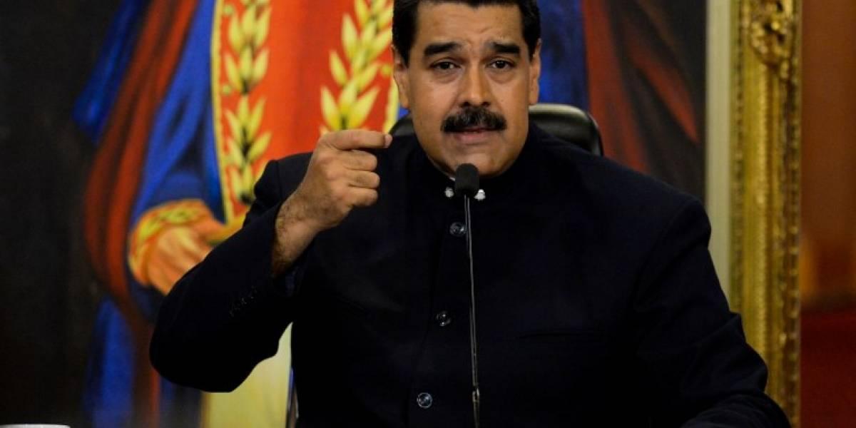"""Maduro critica la """"dictadura"""" de las redes sociales"""