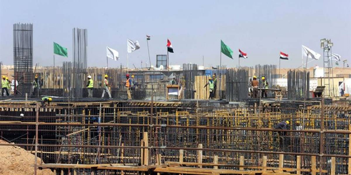 El increíble caso del país que se aburrió del caos de su famosa capital y quiere construir una nueva en pleno desierto