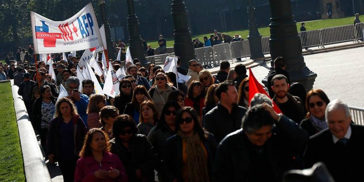 Fracasa reunión entre gobierno y empleados del sector público por ausencia del ministro de Hacienda