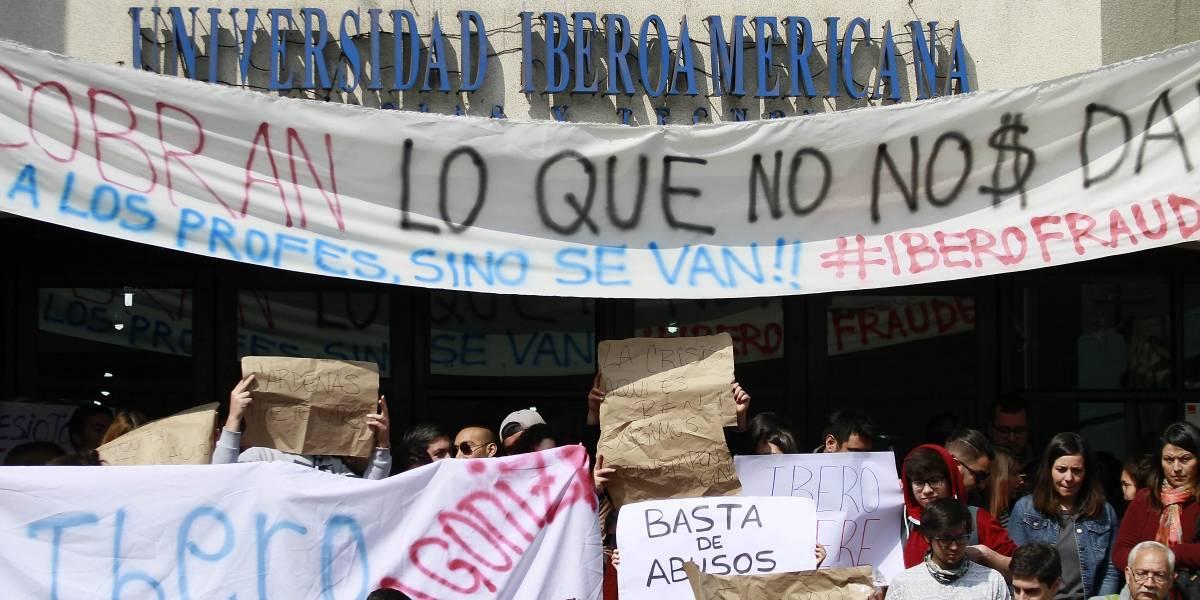 """Alumnos de la U. Iberoamericana consideran """"alentador"""" la posible incorporación a planteles estatales"""