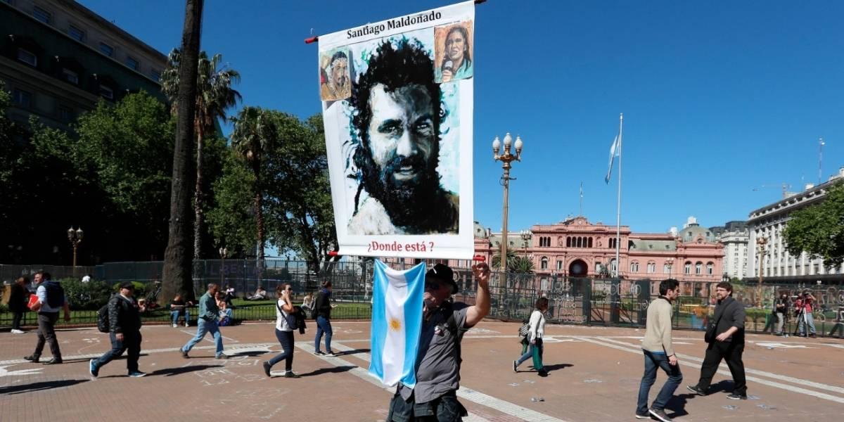 Cadáver hallado en río argentino es el de Santiago Maldonado, dice su familia