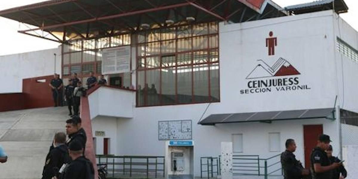 Riña en penal de Ciudad Guzmán deja tres internos muertos