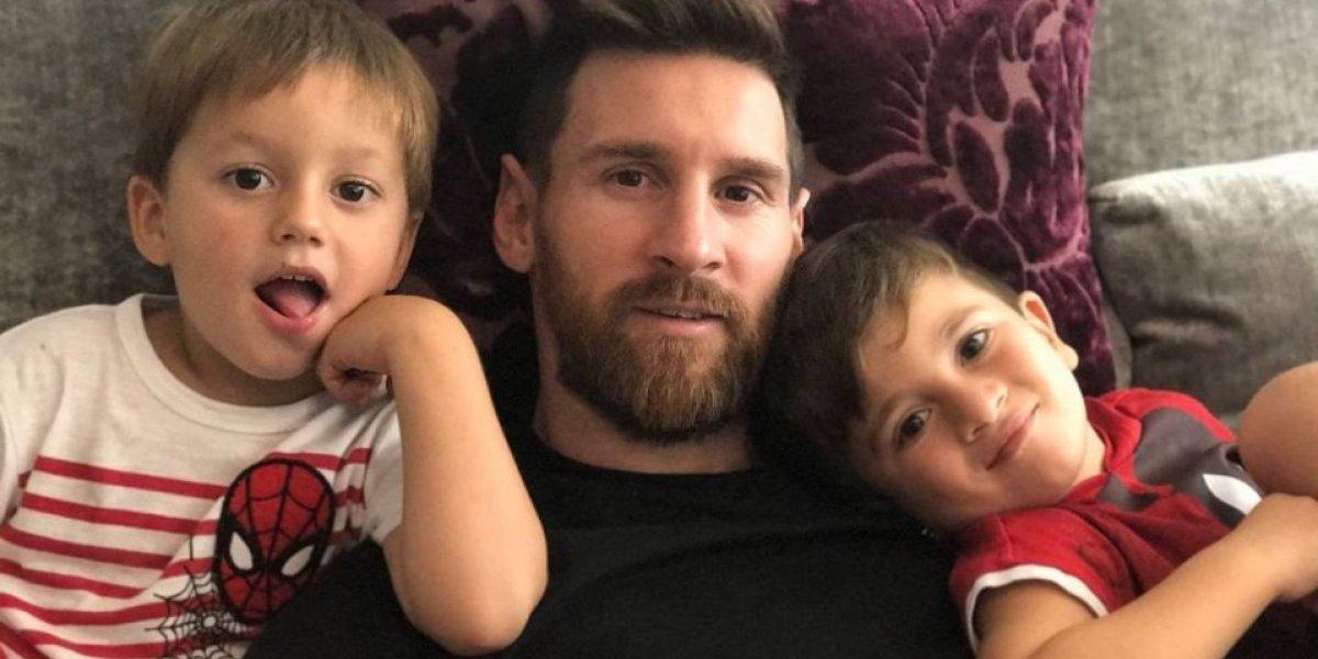 Tierno video del hijo de Messi desata la polémica por comentario de Piqué