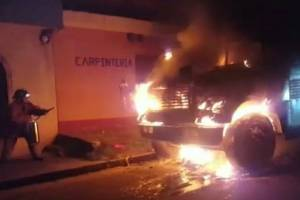 Incendian bus extraurbano en Lo de Carranza