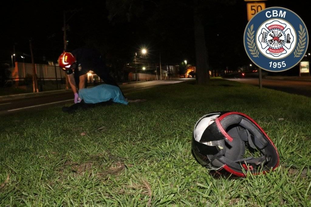 Un motorista murió en un accidente de tránsito en la Calzada Aguilar Batres.