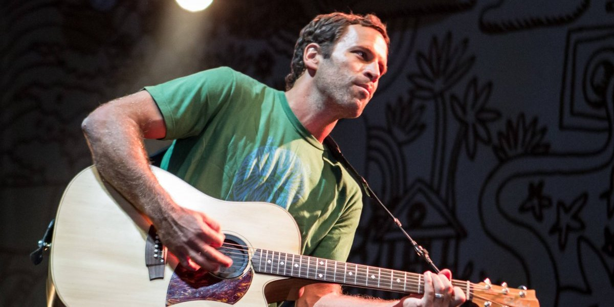 """Jack Johnson: """"Me gustaría poder surfear y hacer música al mismo tiempo"""""""